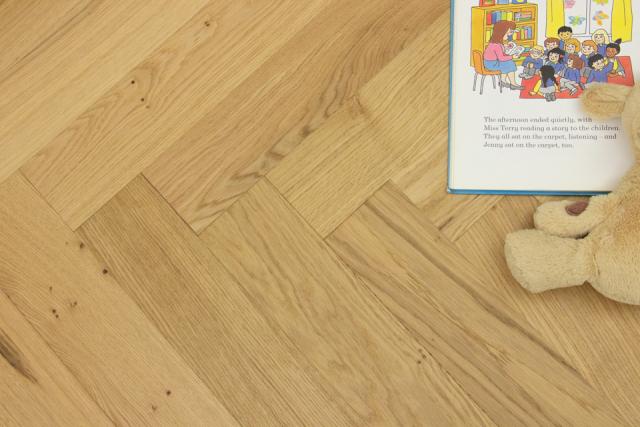 Natural Engineered Flooring Oak Herringbone Teva Brushed UV Matt Lacquered 13/4mm By 90mm By 600mm