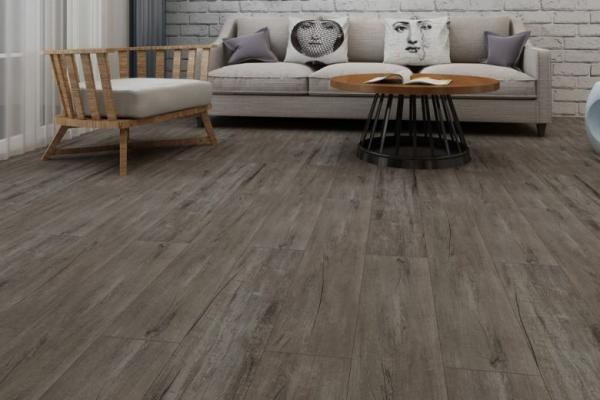 Laminate Flooring or Luxury Vinyl Flooring - How to Choose?